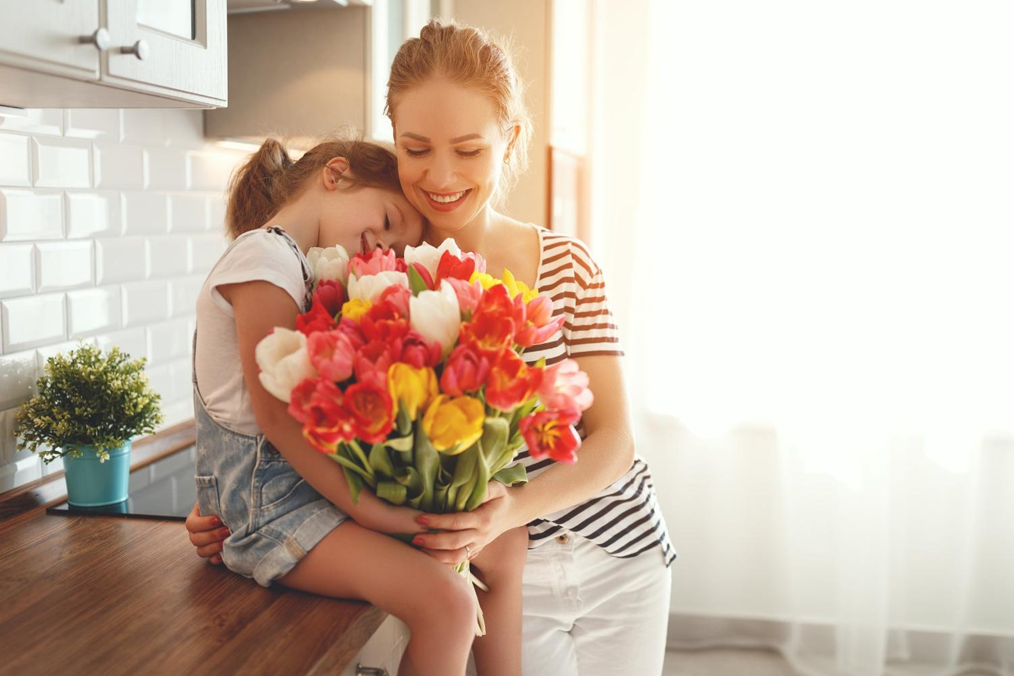 Everything You Should Know About The Festivity Of Mother's Day!!!